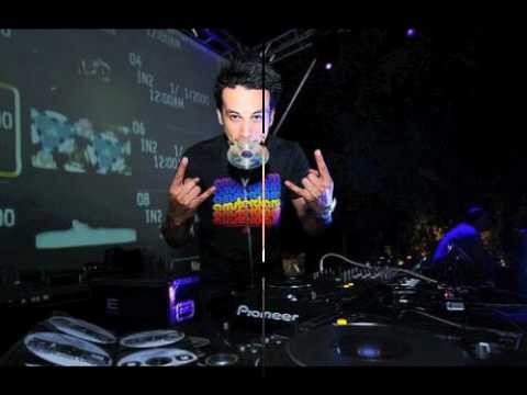 Miguel Migs Feat LT (Aya) vs Laidback Luke feat Steve Grandville (gdoctor's groovy lounge mix)