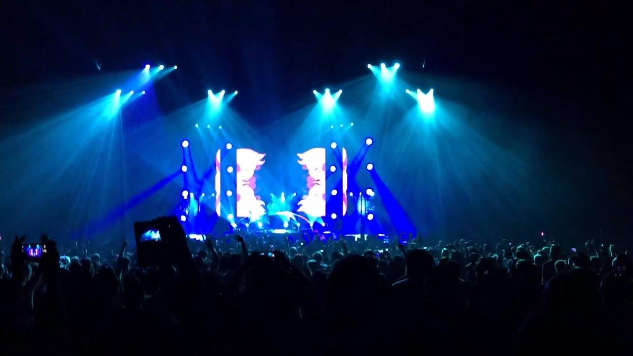 Anime Expo 2015 Day 2 Concert Anamanaguchi Porter Robinson