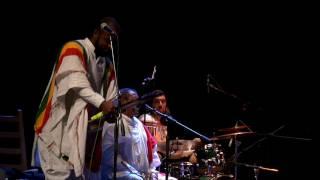 Atse Tewodros Project : shillela ሽለላ - Che Belew ቼ በለው (Amharic)