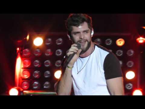 "Thomas Rhett - ""Vacation"" Live 2015 WI"