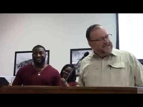 Award for lifesaving --Sheriff Gordon Smith