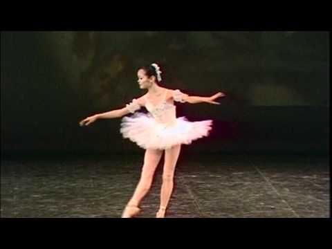 Prix de Lausanne Video Advent Calendar - Day 15 - Miyako Yoshida from YouTube · Duration:  2 minutes 58 seconds