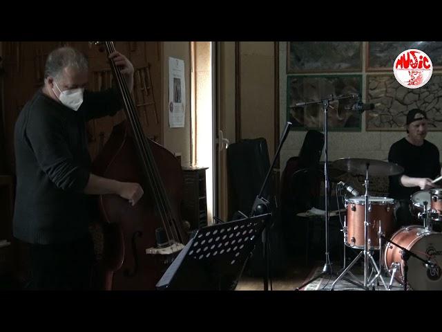 F. Laterza Trio feat. S. Cantarano & J. Arnold live at Sarasvati Studio - Canção pra Mônica
