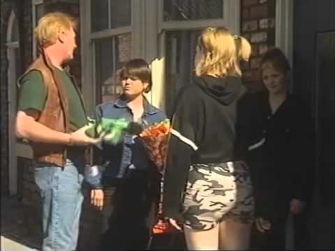 Coronation Street - Leanne and Toyah Battersby (first episode) 04/07/97