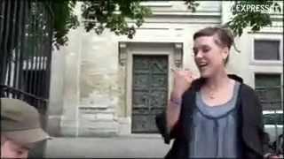 француженка не плохо поёт
