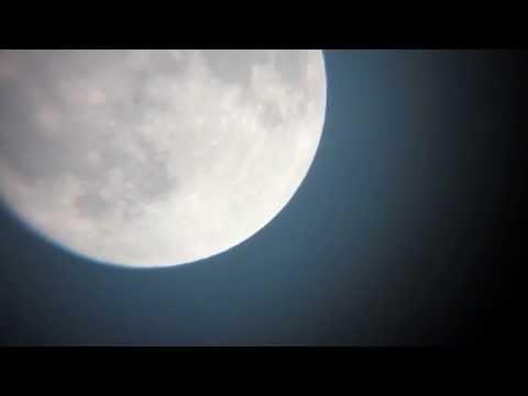 UFOs Landen auf dem Mond
