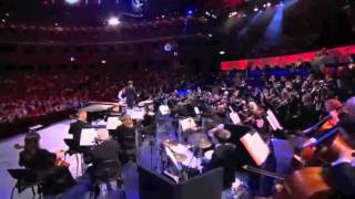 Tim Minchin performs the Doctor Who Theme at BBC Comedy Proms