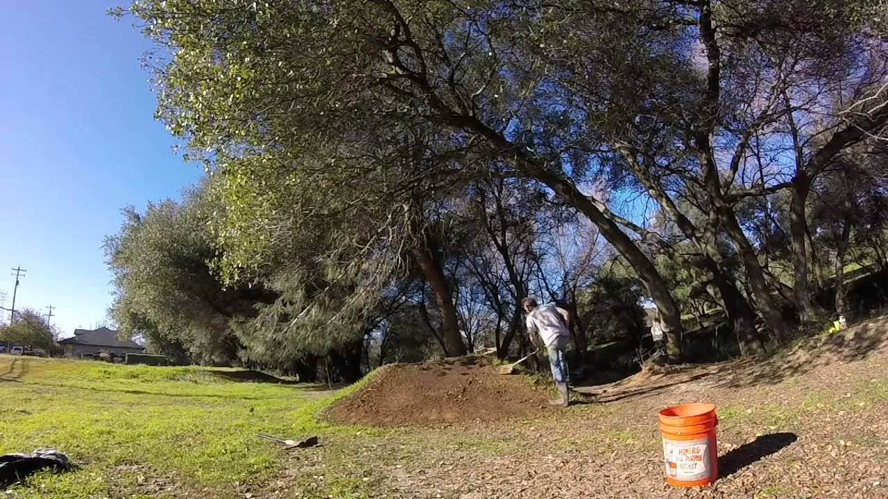 ruff bmx 2015 dirt jump maintenance part 2 youtube