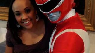 パワーレンジャー  タイガー Karan Ashley and Red Ranger photo moment thumbnail