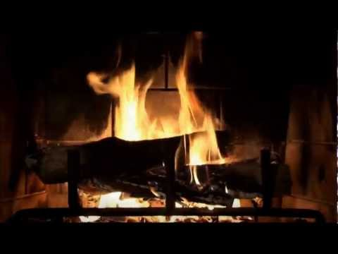 Edge of Night (Pippin's Song) extended + Rainymood + fireplace