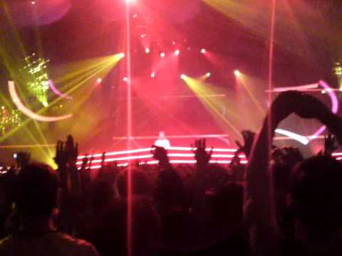 Sander Van Doorn - Koko (Original Mix). Armin Only 07.05.11 - Sander van Doorn - Koko (Original Mix) - скачать в формате mp3 в максимальном качестве