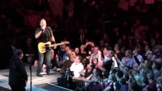 "Bruce Springsteen ""Sherry Darling"" Madison Square Garden 11-8-09"