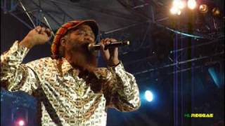 """JOHN HOLT """"Police In Helicopter ~ Ali Baba"""" Garance Reggae Festival 2010"""