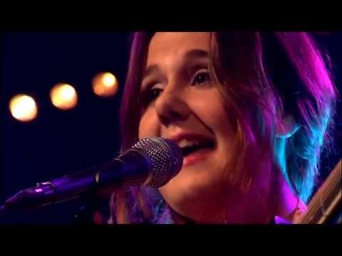 Kira Dekker - Underneath My Heart (Stuck in my Head)