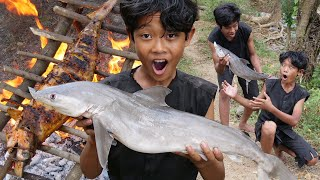 Primitive Technology - Grilled shark recipe in forest - Eating delicious Ep00040