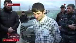 Один из лидеров чеченских боевиков сдался властям   2015, СЕГОДНЯ(Один из лидеров чеченских боевиков сдался властям. Один из лидеров чеченских боевиков сложил оружие после..., 2015-03-03T16:46:45.000Z)