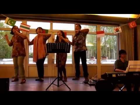 Indonesian Folk Songs Medley - International Cafe