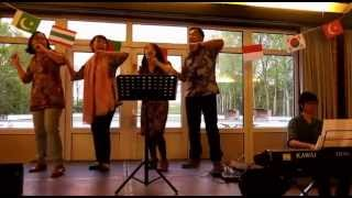 Indonesian Folk Songs Medley - International Cafe