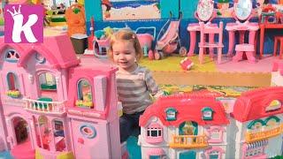 Fly Park детский развлекательный центр с горками и батутами children's entertainment center