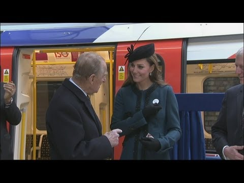 Kate Middleton: Duchess of Cambridge given 'Baby on Board' badge during royal visit to the tube