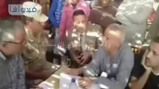 بالفيديو: جولة تفقدية شاملة لمحافظ المنيا لدراسة موقف قرى الخريجين لتسليمها للشباب8m