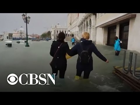 Venice faces worst flooding in a decade