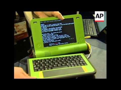 $100 laptop unveiled at Tunis conference