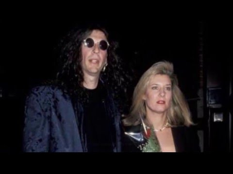 Howard Stern Makes Wife Alison Cry, The Kids Get Upset