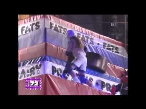 Gladiators 2000: Red team - Nick & Melissa vs Blue team - David & Kelly