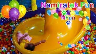 #2 Bermain Mainan Anak Mandi Bola Taman Anak-Anak di Mall - Playing Kids Pool Fun Balls Playground