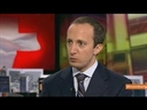 De Longis Says Franc's Strength a Risk to Eastern Europe