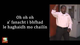Lonely Boy le Black Keys as Gaeilge
