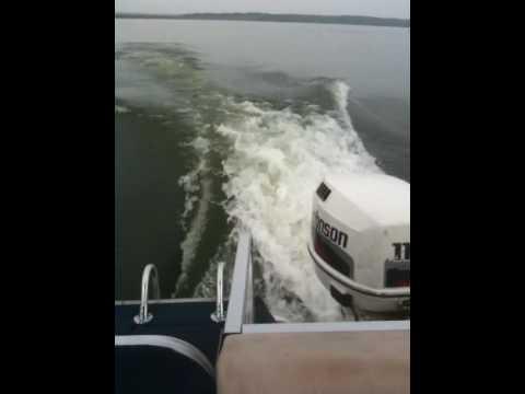 1998 Lowe 2220 Deck Boat - YouTube