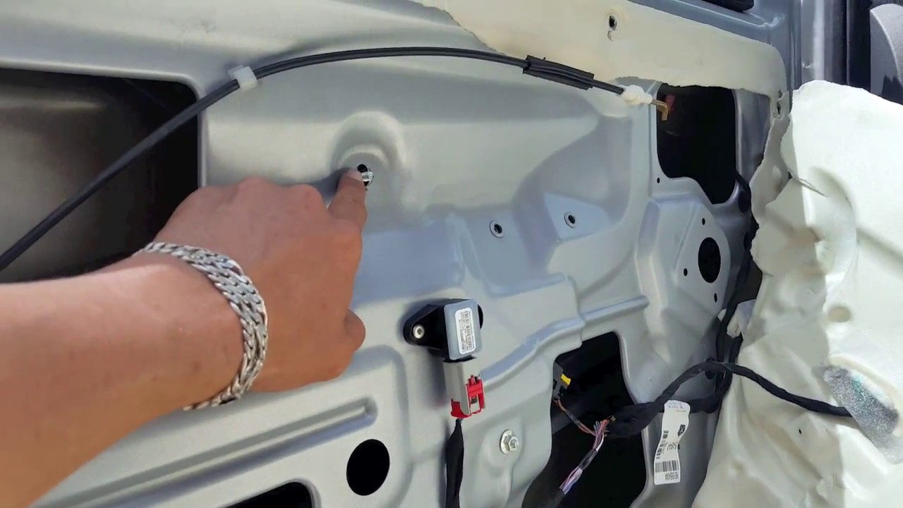 Fiat 500 window regulator issues and problem and the fix - YouTube