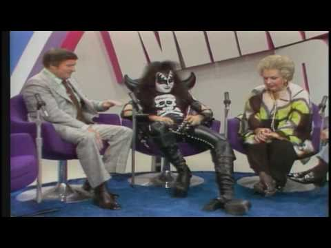 KISS - The Mike Douglas Show Interview