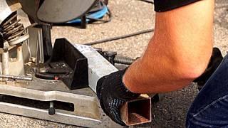 видео Пила отрезная по металлу LC1230 (1750 Вт, ф 305 мм, 1300 об/мин, 19 кг), Makita