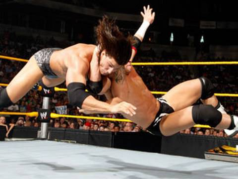 WWE NXT: Lucky Cannon vs. Alex Riley