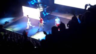 One Direction Intro and Na Na Na (SHEFFIELD CITY HALL) up all night tour
