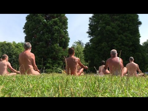 Nude yoga, picnics and more for Paris Naturism Day