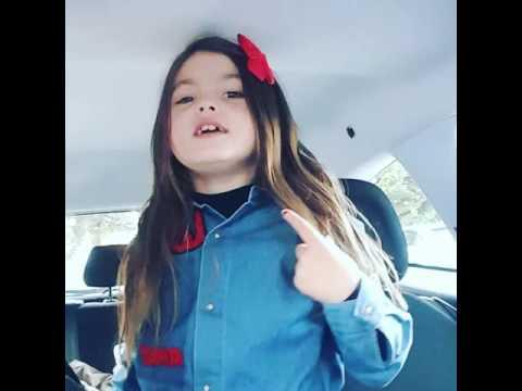 Enfant qui chante
