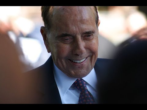 Current, former lawmakers respond to Bob Dole cancer diagnosis