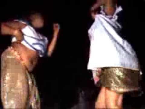 Leumbeul laobé: Un duel entre deux coépouse regardez (-18ans)