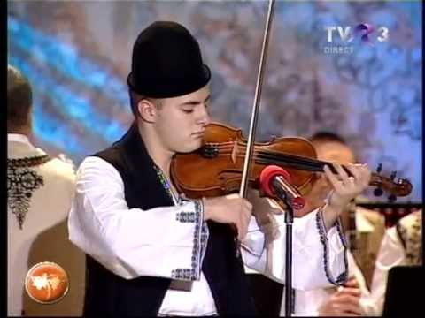 Festivalul Strugurele de Aur 2013   Mihai Tarcea (vioara)  14