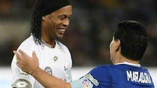 """مباراة من أجل """"السلام"""" تجمع بين مارادونا ورونالدينيو وتوتي"""