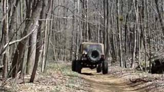 Off roading with my h3 and the Ohio 4x4 trailriders.AVI