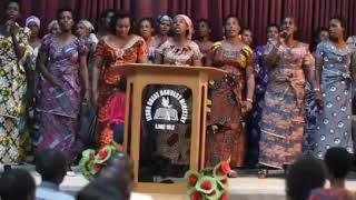 Reba Uburyo Baririmbye Indirimbo UMBEREYE MASO YA Nice na Gentil (Bethel Choir Nairobi)