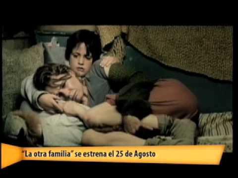"""""""La otra familia"""" de Esther Nuñez en DE PELICULA 21 AGOSTO 2011"""