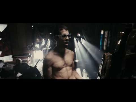 Рок-н-рольщик - Джонни Фунт момент у зеркала (The Clash - Bankrobber) Гоблин