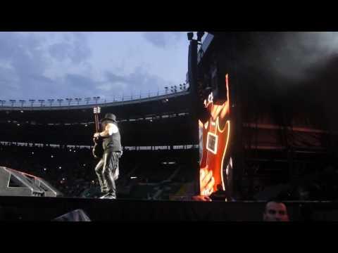 "Slash – ""Guitar solo / Godfather Theme"" (Live Vienna 2017)"