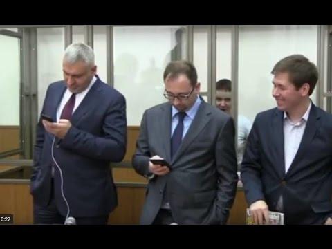 Надежда Савченко поет